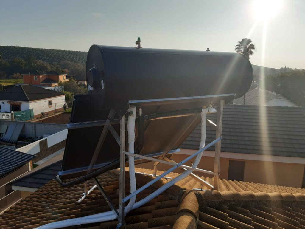 Placas solares de agua caliente en Córdoba