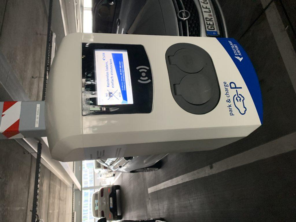 Cargador de coche eléctrico